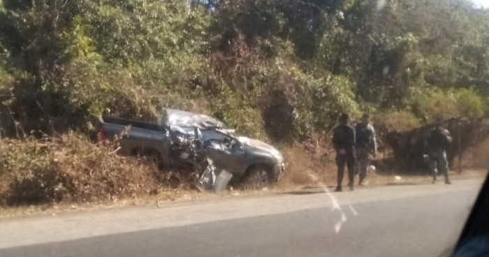 Tres lesionados tras grave choque en carretera Litoral en Usulután