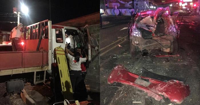Choque provocado por conductor de camión de carga deja 5 lesionados