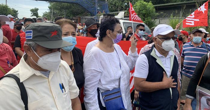 Militantes del FMLN cierran Bulevar Tutunichapa para exigir la libertad de 5 exfuncionarios