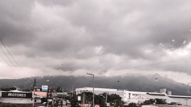 Tormenta Tropical Franklin favorecerá ingreso y acumulación de humedad en el país