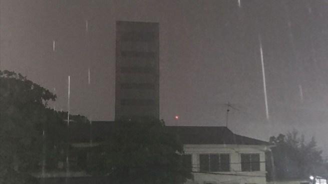 Acercamiento y desplazamiento de otra Onda Tropical favorecerá lluvias para este día