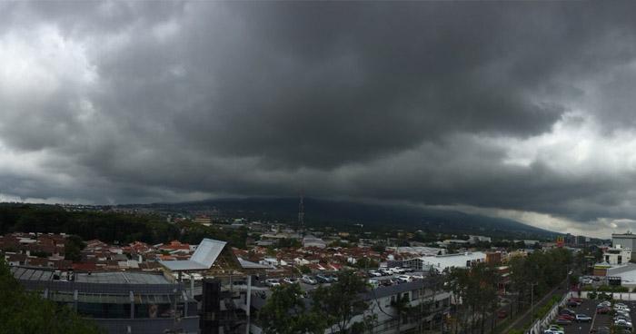 Alta probabilidad de lluvia, en horas de la tarde y noche, sobre el territorio nacional
