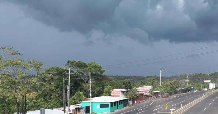 Continúan probabilidad de lluvias dispersas por influencia de la Onda Tropical