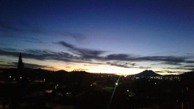 Continuará aire fresco y estable sobre El Salvador, generando cielos despejados