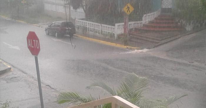 Pequeña vaguada que favorecerá las lluvias aisladas sobre el territorio