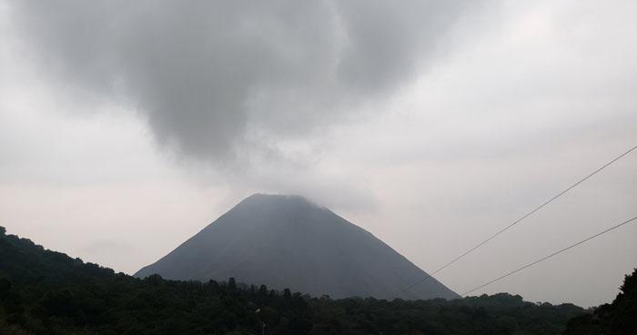Vaguada sobre el país que favorecerá lluvias débiles este jueves