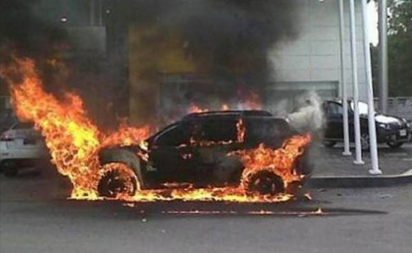 7 pandilleros acusados de colocar un coche bomba fueron llevados ante los tribunales
