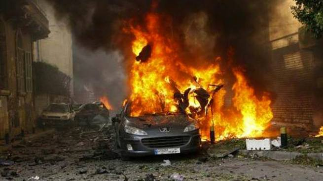 Explosión de coche bomba deja más de 20 muertos y varios lesionados en Siria