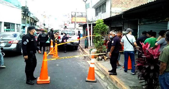 Asesinan a comerciante en el centro de Mejicanos