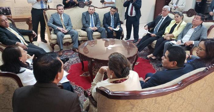 Diputados acuerdan reorientar $2 millones a la Policía Nacional Civil