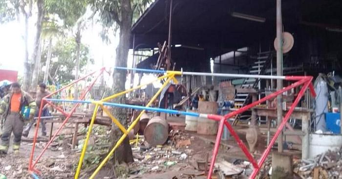 Tres lesionados por conato de incendio en taller de pintura en San Martín