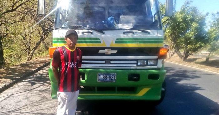 Conductor drogado de transporte de carga fue detenido en Cuscatlán
