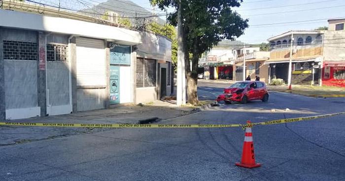 Hombre muere al ser atropellado por un conductor ebrio en Redondel Torogoz