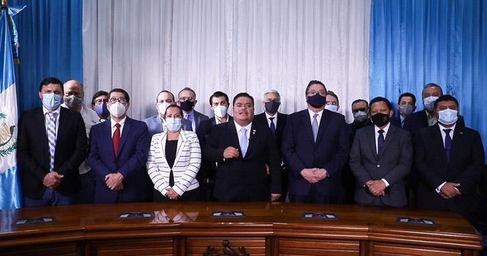Congreso de Guatemala suspende trámite del Presupuesto 2021 tras intensas protestas