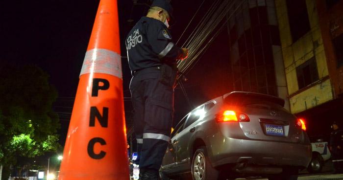 Detectan a conductor ebrio durante control vehicular en calle San Antonio Abad