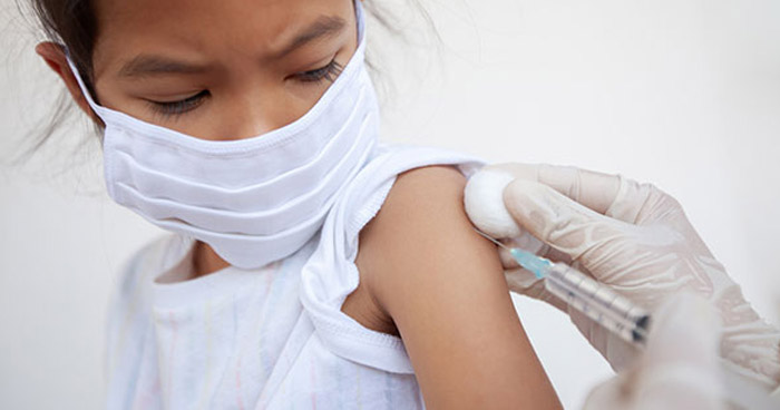 Oxford y AstraZeneca probarán su vacuna contra el COVID-19 en niños
