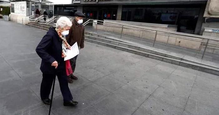 España registra más de 1.000 muertos por COVID-19