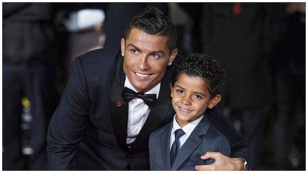 Cristiano Ronaldo, ya es padre de gemelos
