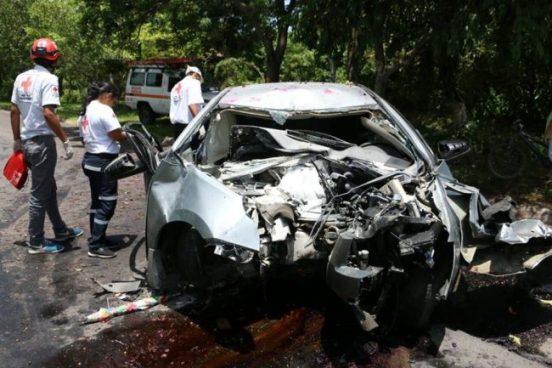 Pareja y niño de 3 años lesionados tras accidente de tránsito en carretera hacia El Paisnal