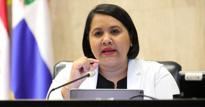 Diputados denuncian ante la Fiscalía al Gobierno por impago de sus salarios