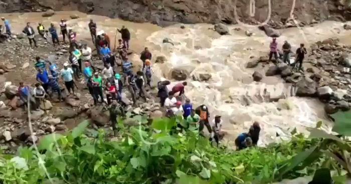 15 personas soterradas tras deslave tras el paso de Iota en Matagalpa, Nicaragua