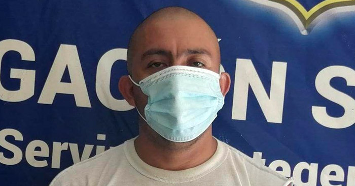 Detenido tras amenazar a personas al interior de un negocio en San Miguel