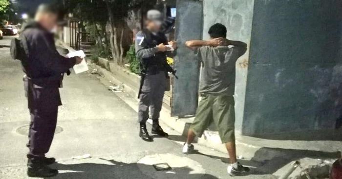 Incautan radio de comunicación a un pandillero en colonia de Soyapango