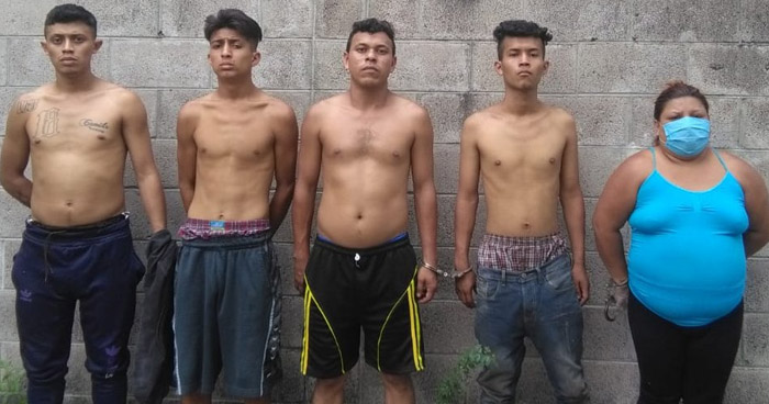 Capturan a miembros de una pandilla y les incautan drogas