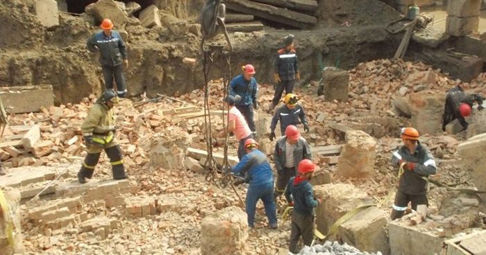 Dos muertos tras colapso de construcción en Novosibirsk, Rusia