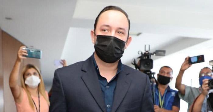 Exoneran a diputado Arturo Magaña procesado por el delito de Homicidio Culposo
