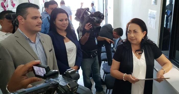 Diputados del FMLN solicitan informe a la Fiscalía sobre investigación penal en contra de Nayib Bukele por evasión de impuestos