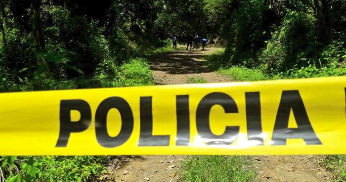 Hallan los cadáveres de dos mujeres al interior de una finca en La Libertad