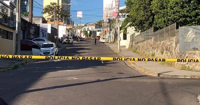 Un hombre y una mujer fueron asesinados cuando salían de un bar de la Zona Rosa, San Salvador