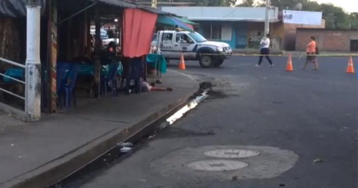 Dos hombres fueron asesinados a balazos en el desvió de Izalco, en Sonsonate