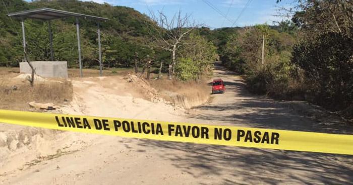 Asesinan a dos jóvenes que se conducían en una mototaxi en Corinto, Morazán