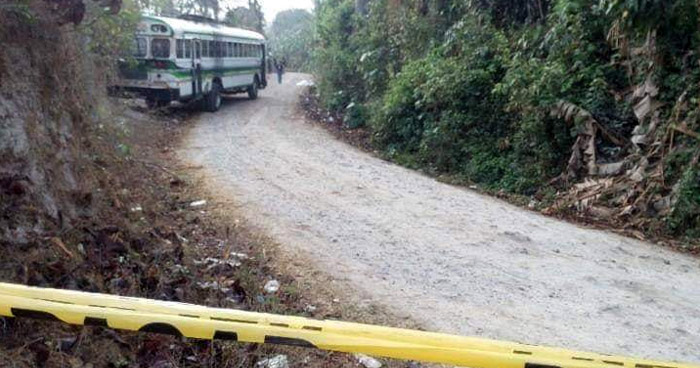 Asesinan a padre e hijo al interior de la Ruta 524 en San Pedro Perulapán