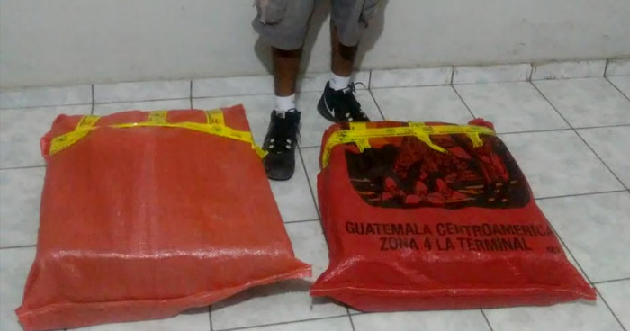 Incautan sacos con más de $52 mil en droga que era llevada hacia Guatemala