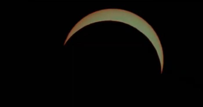 VIDEO | Argentina y Chile aprecian el único eclipse solar que se verá este 2019