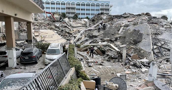 Sube a 32 el número de muertos por derrumbe de un edificio en Miami