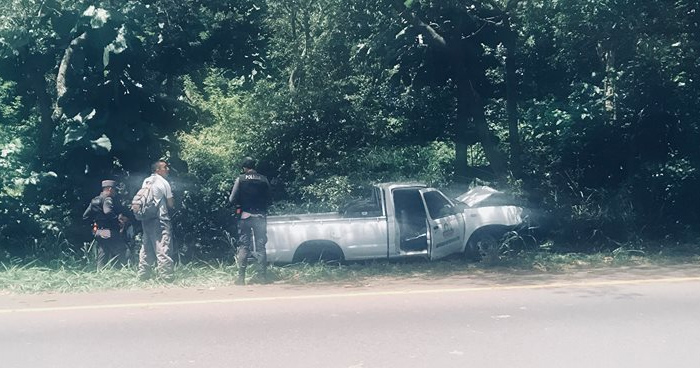 Conductor muere tras chocar contra un árbol en la carretera a Santa Ana