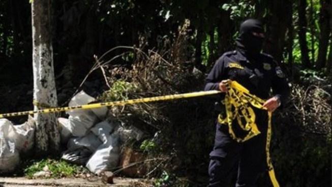Encuentran cuerpo de pandillero acribillado en Huizúcar