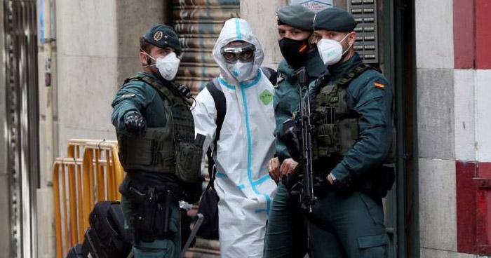 Mueren más de 100 personas por COVID-19 en las últimas 24 horas en España