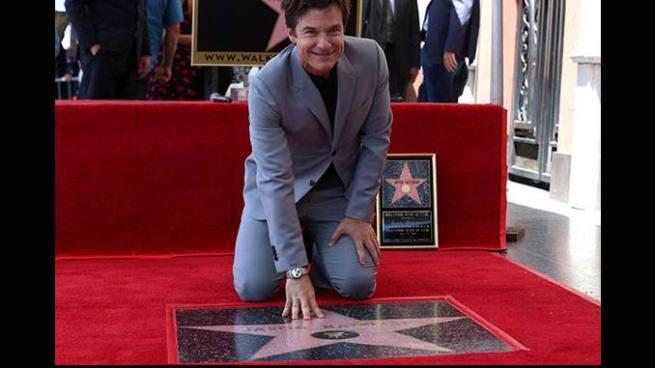 Hollywood entrego estrella a Jason Bateman en El Paseo de la Fama