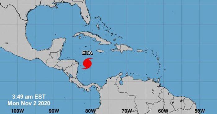 Eta se convierte en huracán categoría uno y se acerca a Centroamérica