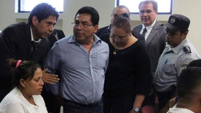 Suspenden audiencia preliminar contra el ex alcalde de Apopa y 30 imputados más