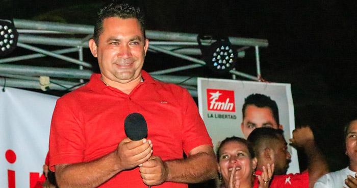 Capturan al exalcalde del Puerto de La Libertad acusado de pagar para asesinar a una persona