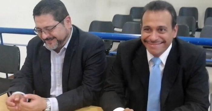 Absuelven a exdirectores de Centros Penales acusado de administración fraudulenta