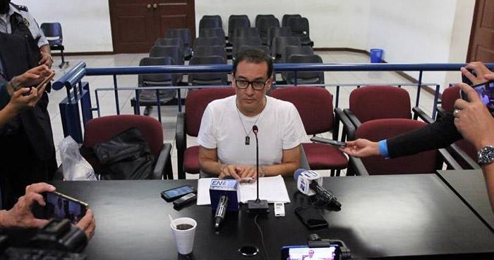 Piden ocho años de prisión para el exFiscal Luis Martínez por divulgar material reservado
