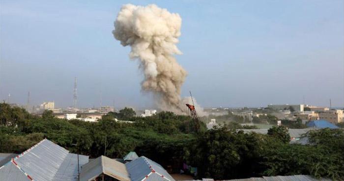 Al menos 17 personas murieron tras ataques suicidas en un hotel en Somalia