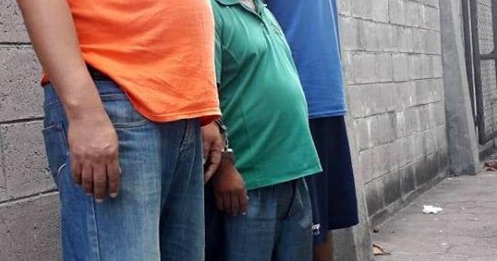 Extorsionaban a comerciantes de Soyapango